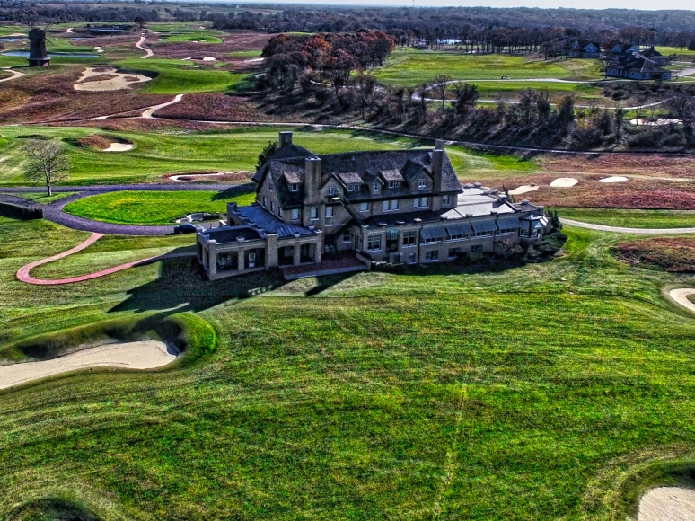 Clubhouse @ The National Links