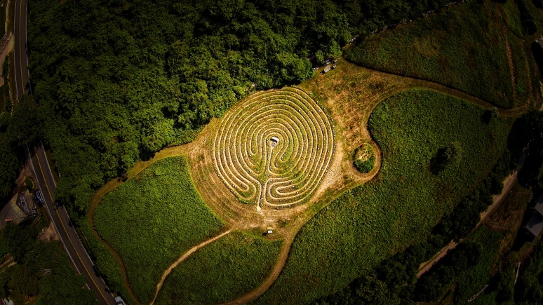 A Bird's-Eye: The Labyrinth