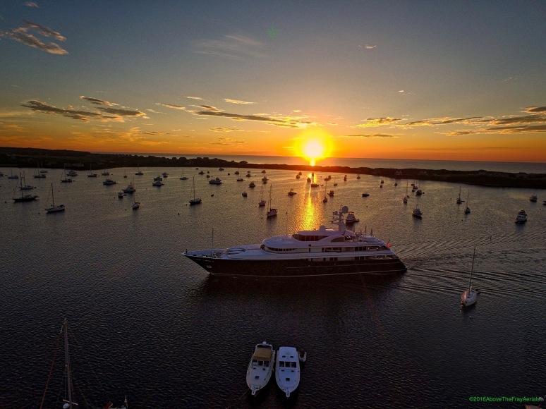 Superyacht Sunrise